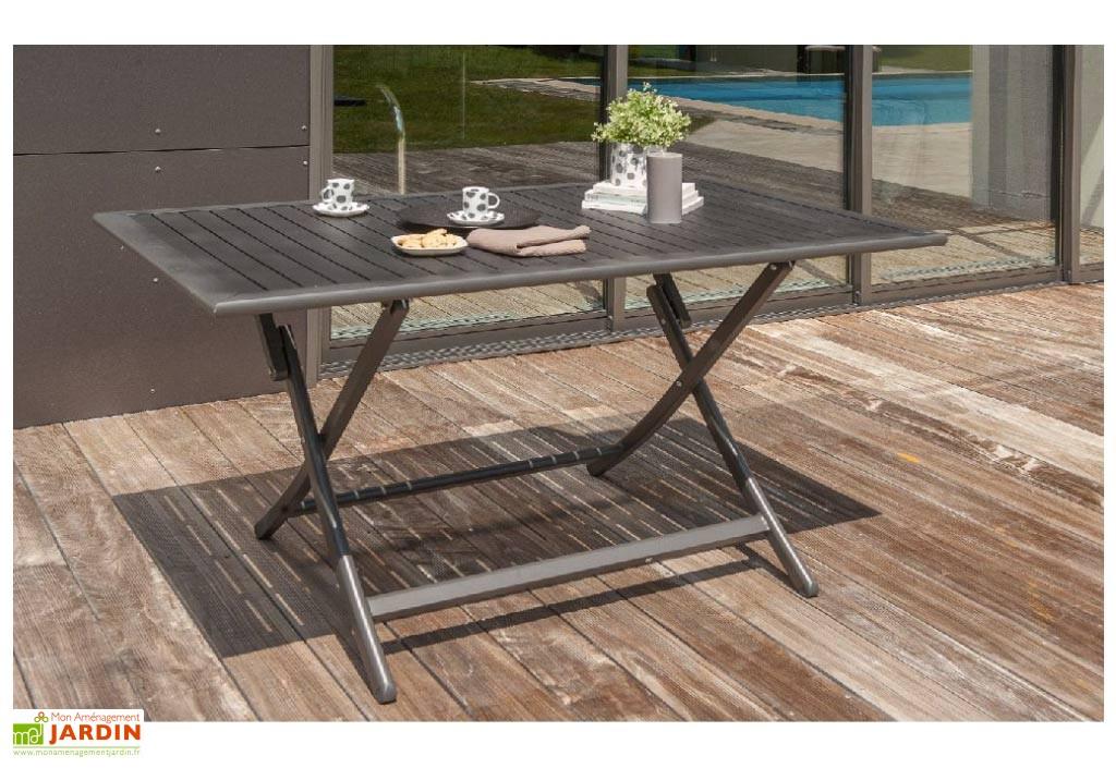 Table de salon de jardin en bois - cuisine idconcept