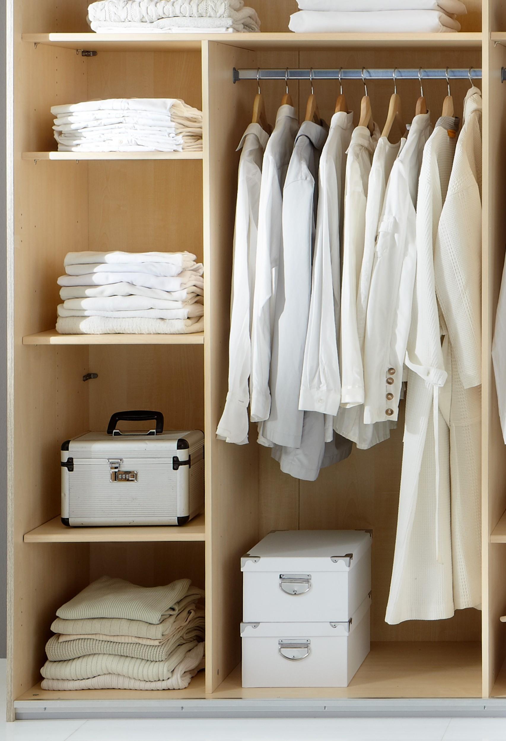 armoire design cuisine idconcept. Black Bedroom Furniture Sets. Home Design Ideas